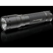M7 - Taschenlampe inkl. intelligent Clip